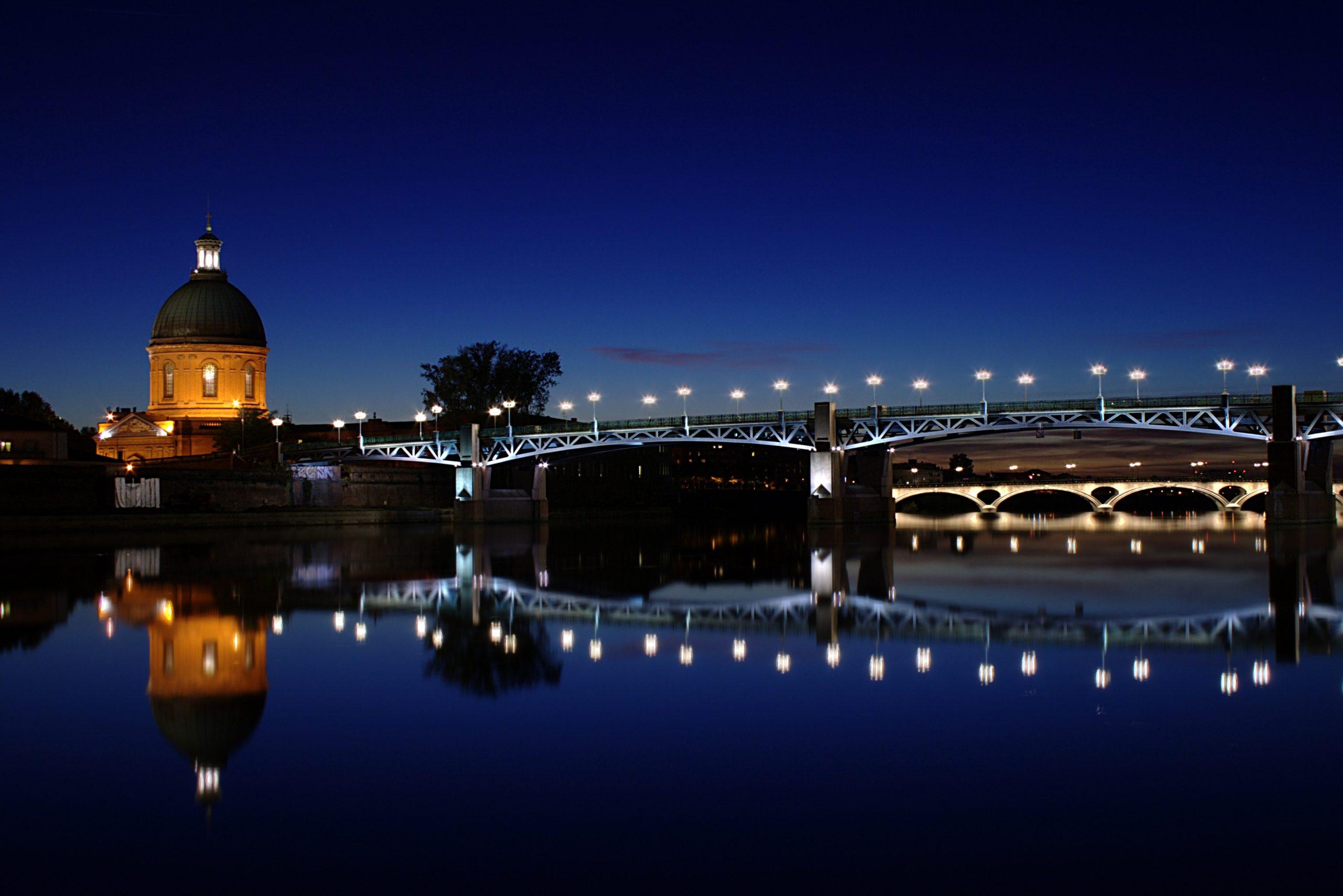 Toulouse_garonne_nuit